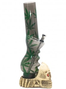 Acrylic Handgrip  with Cannabis design and skull base Bong-Black
